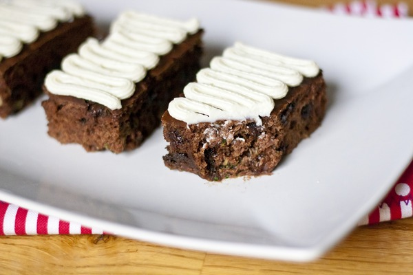 Chocolate Chip Zucchini Bars with Vanilla Cream Cheese Frosting | My Little Gourmet