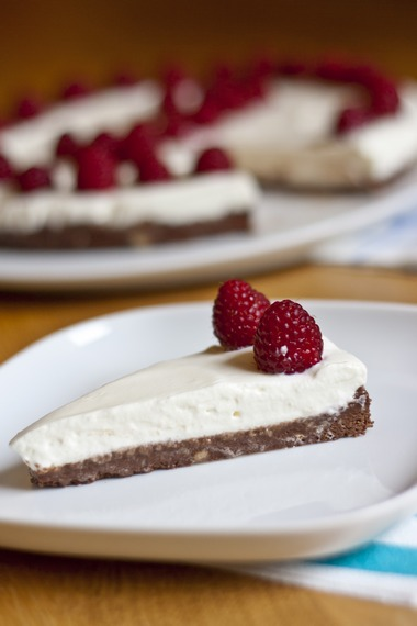 No Bake Nutella Cake with Whipped Yogurt Cream Cake | My Little Gourmet