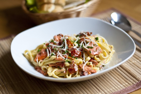 Smoked Salmon and Sun-Dried Tomato Pasta from mylittlegourmet.com